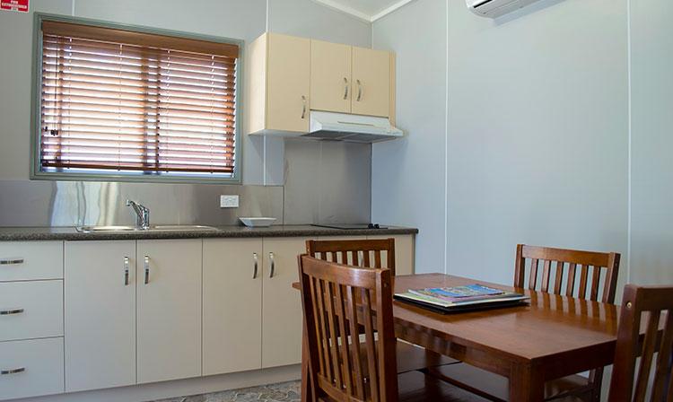 Kahlers Oasis Caravan Park 1 Bedroom Ensuite Unit kitchen dining HERO