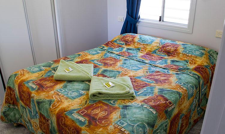 Kahlers Oasis Caravan Park Unit 4 berth main bedroom