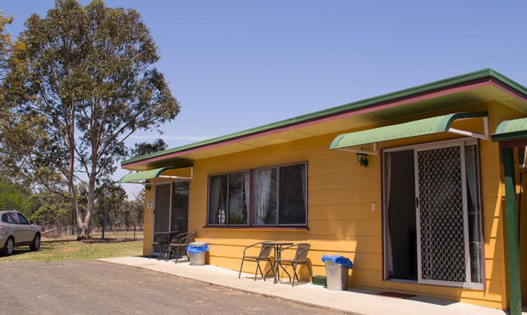 Kahlers Oasis Caravan Park Unit 6 berth exterior