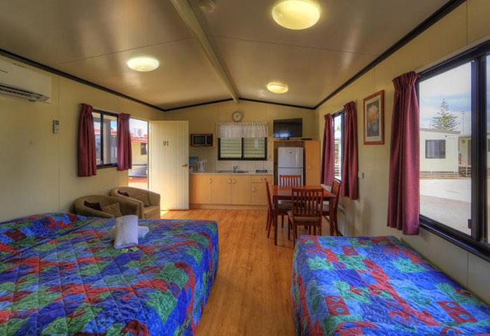 BIG4 Toowomba Cottage 3 Berth Disability Assist Beds