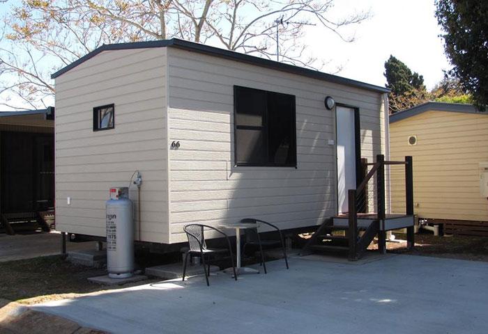 BIG4 Toowoomba Ensuite Cabin 2 Berth Exterior