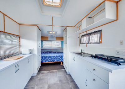 Helidon Caravan Bed and Kitchen